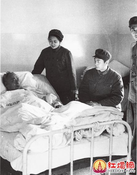 陈小鲁/左起:赵胜利(西纠作战部长)、孔丹(西纠司令)、秦晓(西纠...